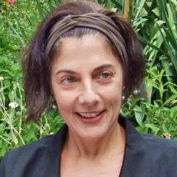 Silvia Vega-Llona